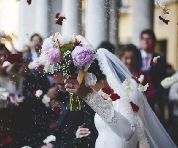 Wybierz suknię ślubną odpowiednią do twojej sylwetki