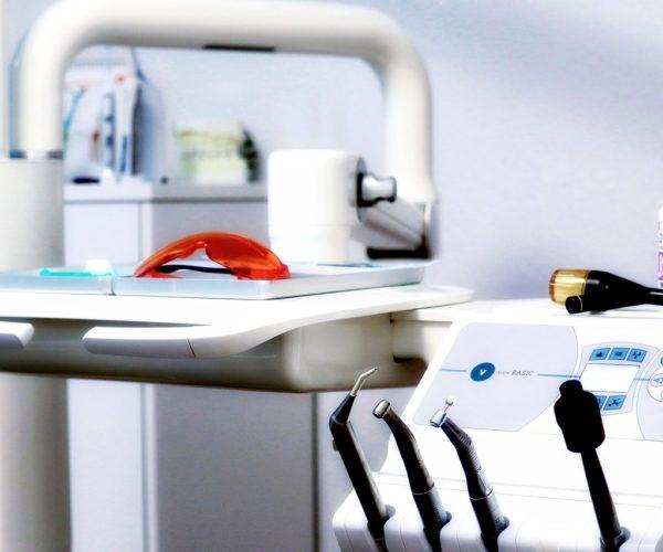 Jak zadbać o nasze zęby?