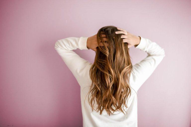 Jak zastąpić nasze wypadające włosy i zamaskować puste miejsca?