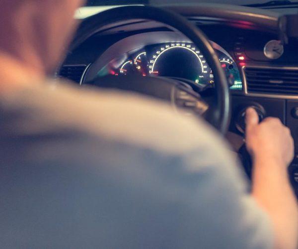 Gdzie znaleźć miejsce w którym nauczymy się jazdy w trudnych warunkach?